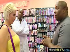 Randy Mum Having Brutal Sex With Ebony Prick movie-25