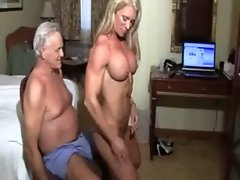 muscle_bound_lapdance