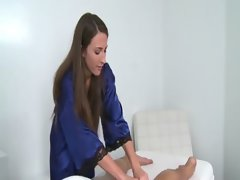 Masseuse eases him into her seduction and the extras