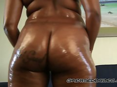 Big Naughty bum Naughty ebony Drenches Her Butt with Oil