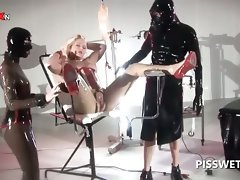 BDSM 3some with sex slave getting vulva tortured for piss