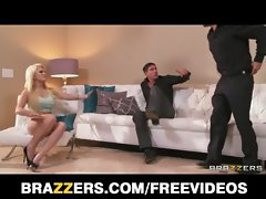 FIT blondie vixen Alexis Ford is interviewed and double teamed