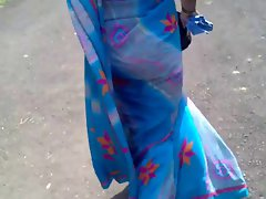 Randy indian Aunty Butt in Saree