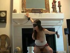 Blindfolded girlie use