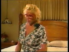Attractive Stepmom 159 bonde asshole german seductive mom vintage