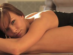 Flexible Samantha Sensual Stretching & Naked Exercises