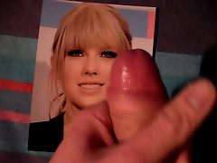 Taylor Swift -CumCovered- Part 1