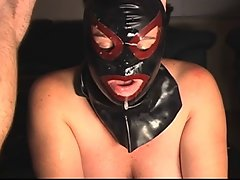 MASKED SUBMISSIVE Hussy Licks Dick