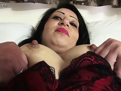 English amateur slutty mom getting bare and raunchy