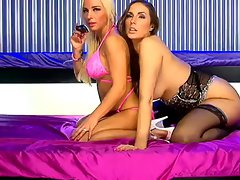 Paige Turnah and Jayde Summers on S66