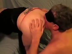husband-slave lick wifes butt clean