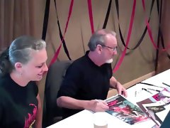 Freddy Krueger - Robert Englund signs Dicks & Knockers