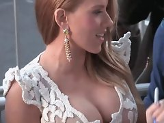 scarlett johansson HUGE knockers