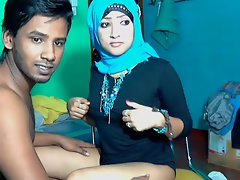 Married SriLankan arabic muslim Couple 2
