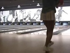 Rika Flashing In Bowling