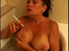 Filthy Buxom Experienced Puma Smoking 120s In Tub