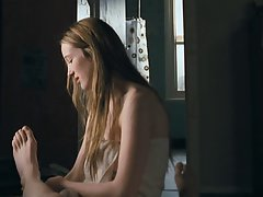 Sophie Lowe - Lovely Kate 02
