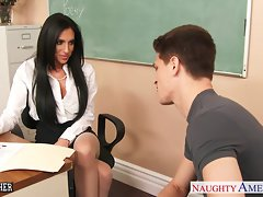 Big titted sex teacher Jaclyn Taylor gets screwed in classroom