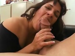 Attractive mature latin wench rectal banging