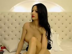 Raven Haired Rus Toys On Cam