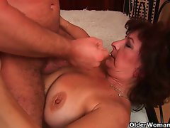 Stepmom wants you to mount her and blow your load on her