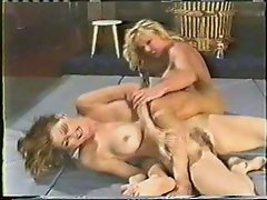 Retro Catfight Beatdown