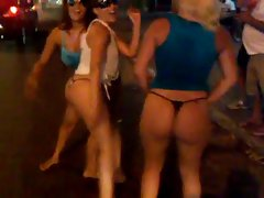 Randy chicks Dancing in the Street.