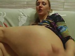 Lesbo lasses damp vagina fellatio and fingering actions