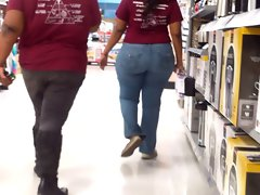 Huge Widely Cute bbw Donk In Tense Jeans