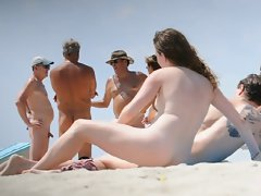 naked beach couple 3