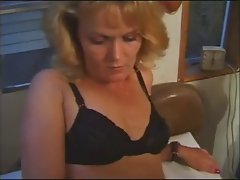 Amateur Tempting blonde Cougar Cherri Screwing