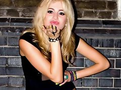Ashely Tisdale vs Pixie Lott Rd 1 jerk off challenge