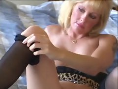 Blond Mommy Lexxxy Foxx Fuck and Facial