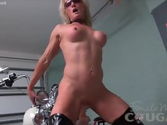 Aged Mandy Foxx Rides a Fake penis