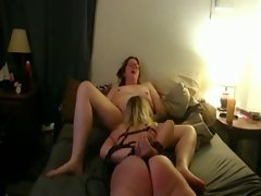Married wenches have kinky lesbo sex