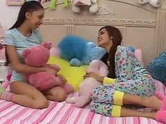 Seductive teen Models Plays With not Big Brothers Dick-daddi