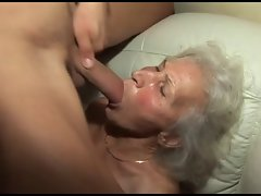 fucking the granny's very hairy cunt