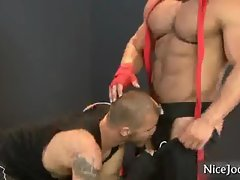 Massive muscled lad gets penis licked by nicejocks