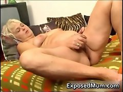 Filthy Mommy feeling luscious playing with her cunt