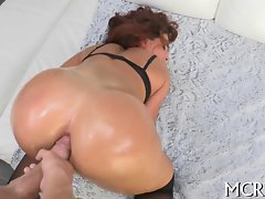 big butt dark haired nympho has a filthy fuck to luxuriate