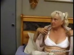 Seductive mom Granny luxuriate dirty sex
