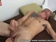 Str8 lad with goatee gets penis licked for first time
