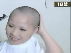 girl headshave 24