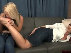 BEALTIFUL Light-haired Dame Tempting blonde GIRL FEET Adore PT7