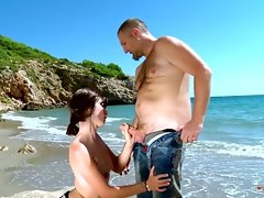 Mandy Layne Gets Her Naughty ass Ploughed By Randy Stud At The Beach
