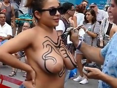 LATINA WITH Mega boobs NOT AFRAID TO BE Nude IN PUBLIC